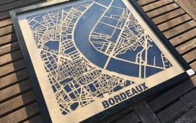 Bordeaux – Plan «Hit the Road» découpé sur placage bois by Craft & Co