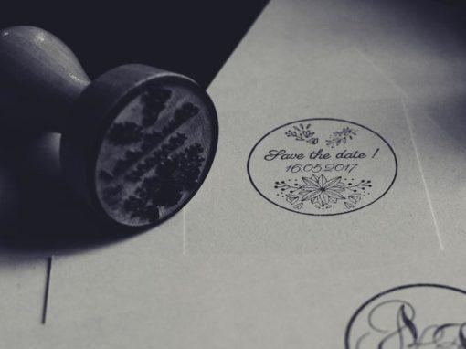 Tampons – Pochoirs – Pinces à gaufrer