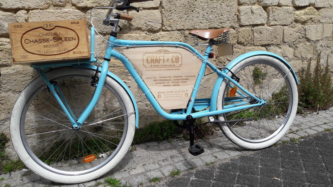 Vélo customisé gravure et découpe laser signalétique Craft & Co
