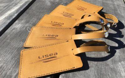 Étiquettes porte-bagages sur-mesure en cuir gravées par laser pour LISEA