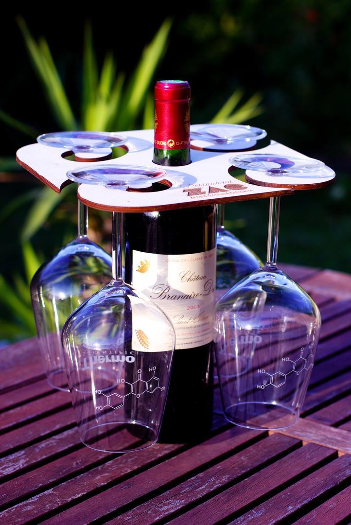 Support bouteille verre restaurant ZAC gravure et découpe laser sur bois