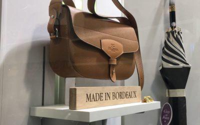Maroquinier De Grimm – Rappels de marque sur-mesure en bois et acrylique