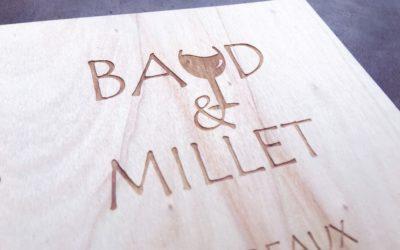 Menus en bois pour la carte du restaurant Baud & Millet