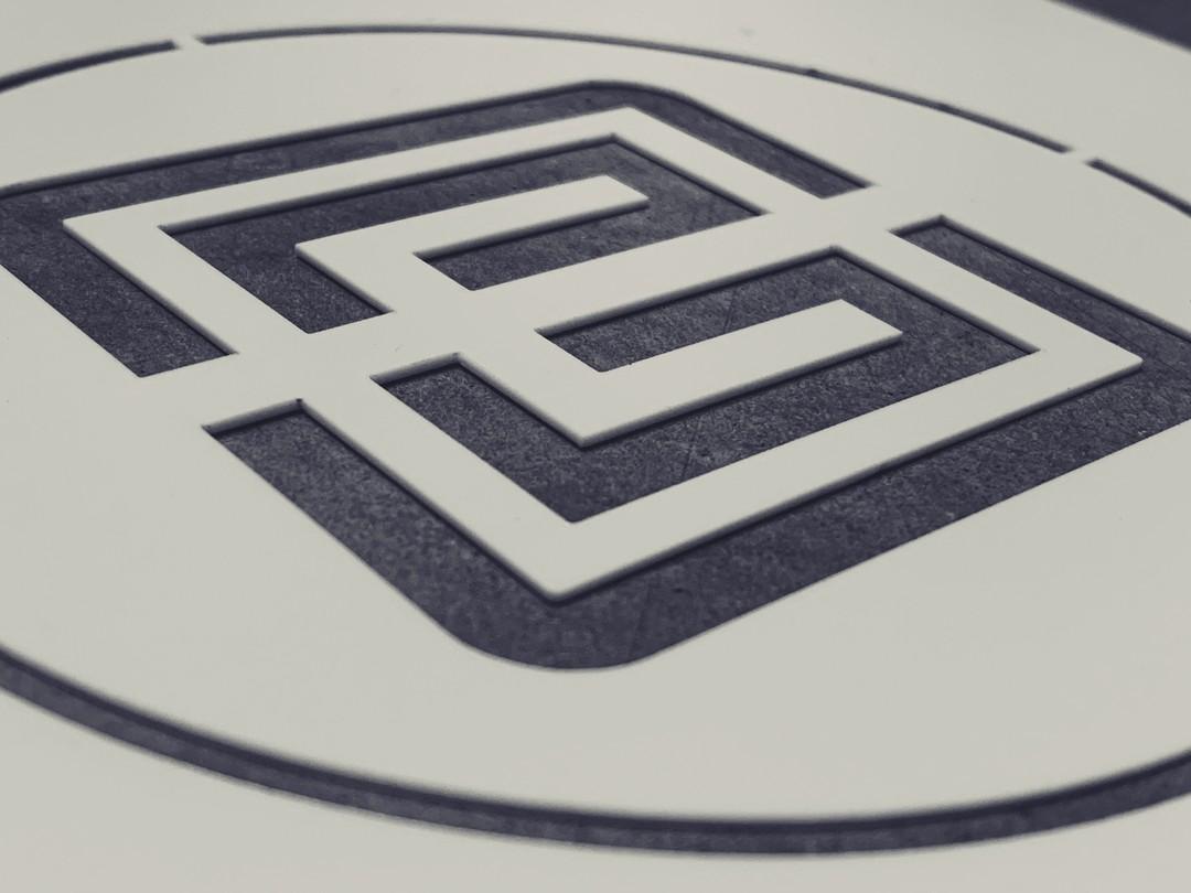Pochoir de signalétique sur mesure pour Brelet decoupe laser sur acrylique