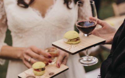 Tablettes cocktail à votre image pour l'évènementiel et les traiteurs