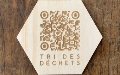 Plaquettes signalétiques QR-Code en bois pour l'agence de design environnemental Dauchez Payet