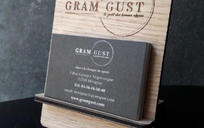 Support de cartes de visite pour Gram Gust