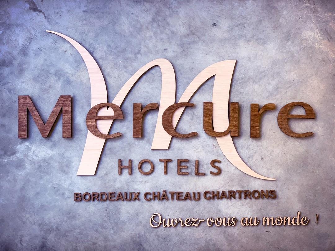Signalétique décoration murale sur-mesure gravure découpe laser mappemonde carte de france pour Hotel mercure bordeaux chartrons