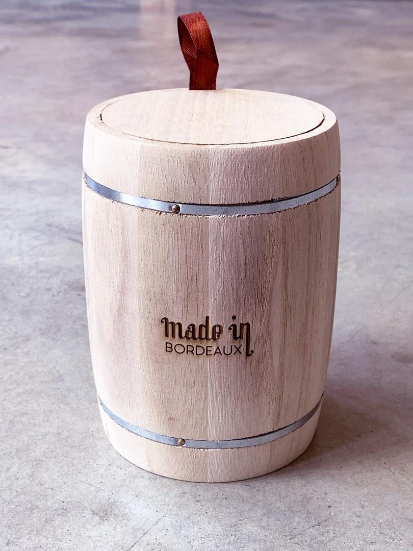 Mini tonneau en bois personnalisé par gravure laser pour Made in Bordeaux