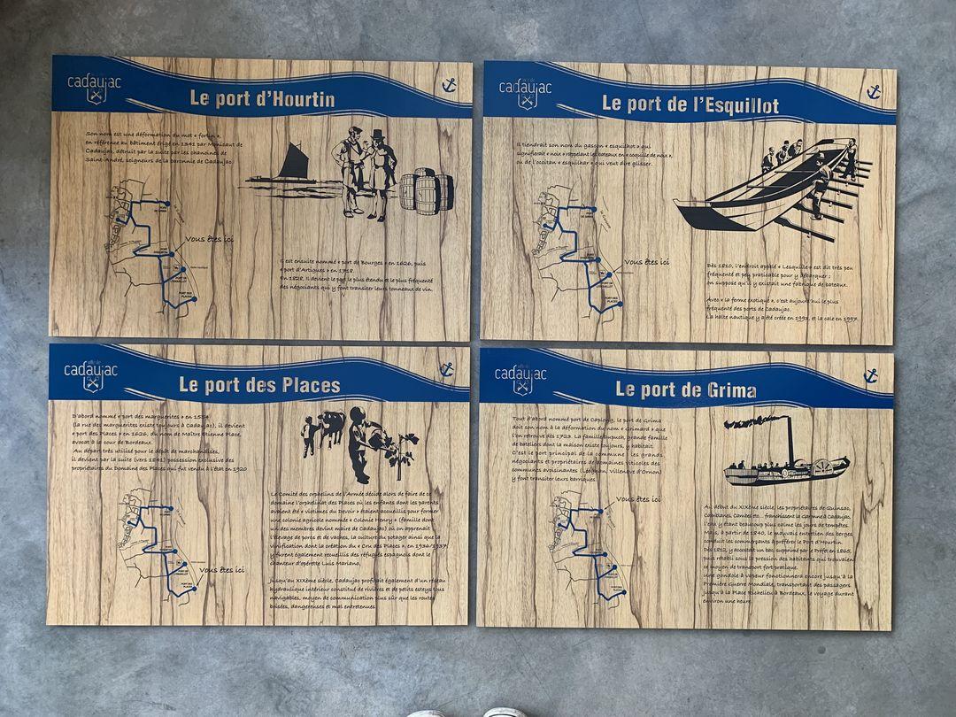 Panneaux signalétiques exterieures ballades du port commune de cadaujac en trespa imitation bois avec Hocus Focus