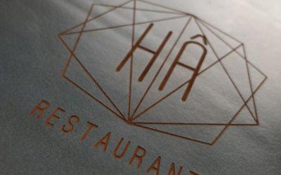 Restaurant le Hâ – Menus en cuir gravés par laser