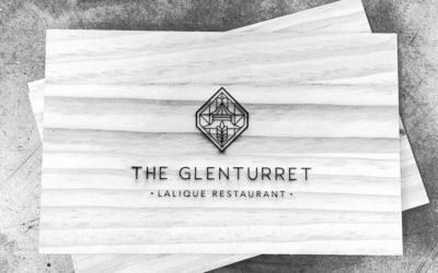 Porte-menus et tonnelets pour la menuiserie Orméo et Glenturret